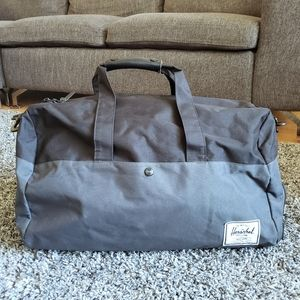 Herschel two-toned duffel bag
